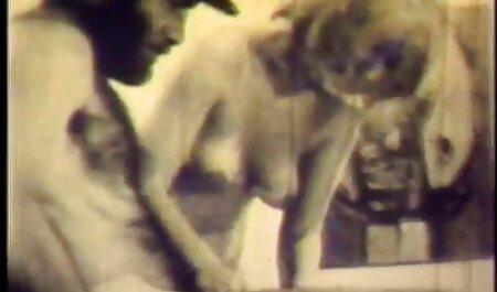 एंजी तभी सेक्सी मूवी एचडी हिंदी चिल्ला सकती है जब दो लंड उसकी गांड को खोदें