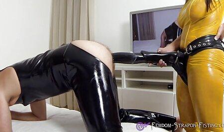स्कीनी पीला लाल सिर कैम पर खेलता सेक्सी एचडी मूवी हिंदी में है