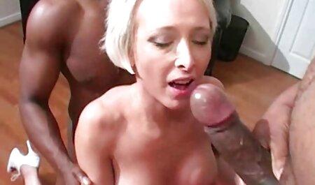 बीबीडब्ल्यू पत्नी को सेक्सी वीडियो एचडी मूवी फर्श पर पिन किया