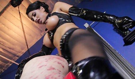 प्रशिक्षण एशियाई पत्नी गुदा के अंदर बड़े dildo डाल सकते हिंदी में सेक्सी मूवी एचडी हैं