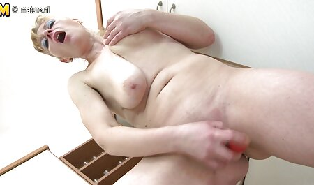 शॉवर सेक्सी एचडी मूवी हिंदी में में मेरी बस्टी
