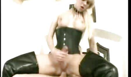 गोल्डन हील्स में सेक्सी सेक्सी मूवी एचडी जर्मन वाइफ शूजॉब