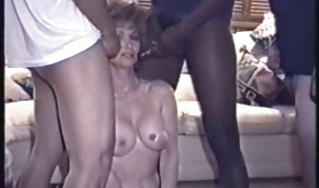 Grannyfucker चार परिपक्व वेश्या fucks एचडी सेक्सी मूवी हिंदी