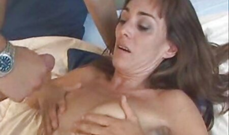 एक मछली फिशनेट शीर्ष में सेक्स मूवी एचडी में माँ एकल