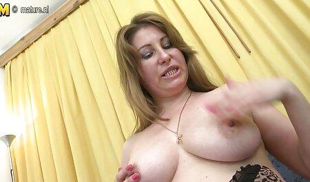 Lilliane टाइगर सेक्सी वीडियो एचडी मूवी हिंदी में हार्ड कमबख्त काले मोज़ा में