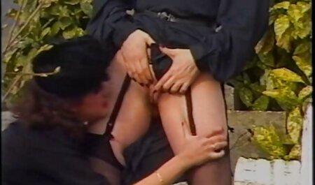 बड़ी सेक्सी पिक्चर मूवी फुल एचडी लड़की पर भारी स्तन