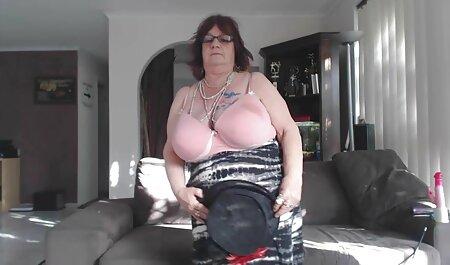 इमो दादी जनाना पेसोवा हिंदी मूवी एचडी सेक्सी वीडियो सेक्सी स्टॉकिंग्स में गड़बड़
