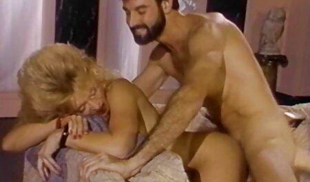 लेस्बियन नायलॉन हिंदी मूवी एचडी सेक्सी