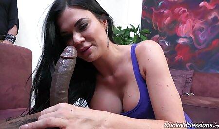 लेस्बियन फुट पूजा - सेक्सी मूवी एचडी हिंदी 007