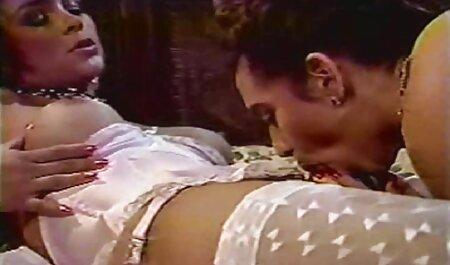 Lauro De Giotto सोफे पर एचडी सेक्सी मूवी हिंदी में Aleska fucks